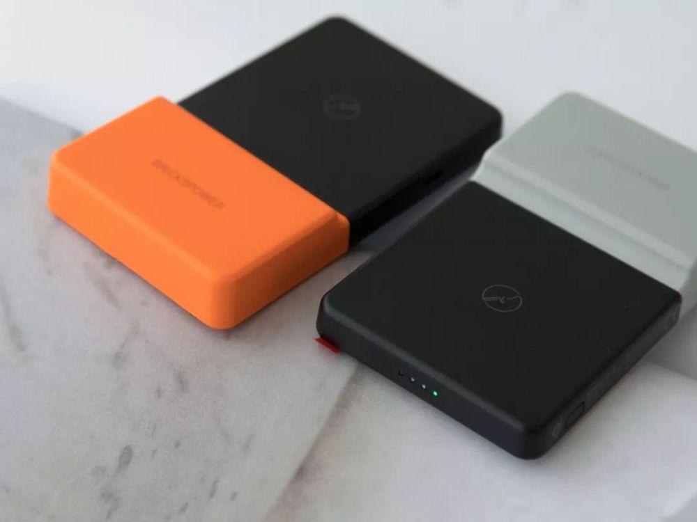 这个无线充电宝,贴手机上就能充电,超方便! 17 - Sneapy
