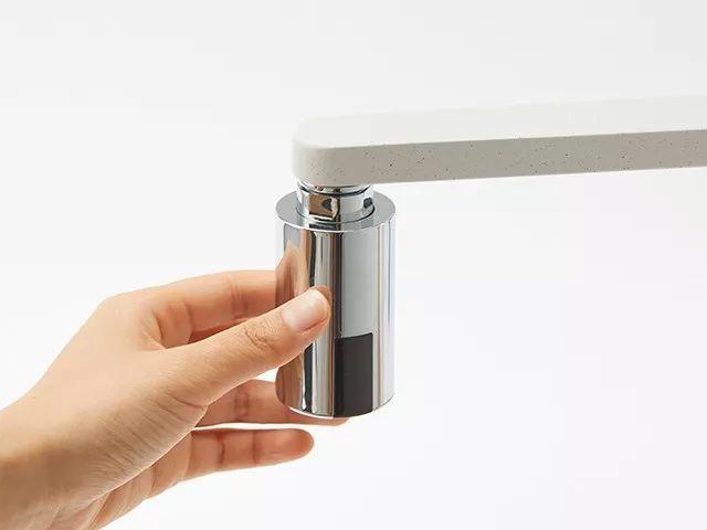 家用水龙头装上它,秒变感应式,安装简单,还节水! 11 - Sneapy